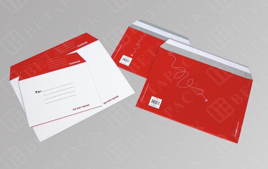 Mẫu phong bì công ty mang màu sắc chủ đạo là gam màu đỏ, họa tiết chìm khiến mẫu phong bì càng trở nên nổi bật và đẳng cấp hơn