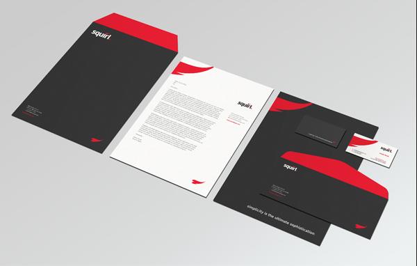 Mẫu in phong bì thư cho công ty đẹp nằm trong thiết kế bộ nhận diện thương hiệu với hai màu đỏ và đen làm nổi bật lẫn nhau